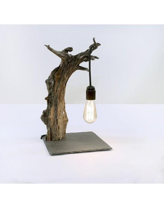 Llum amb tronc de pi