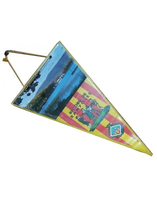 Banderín con lago de Banyoles