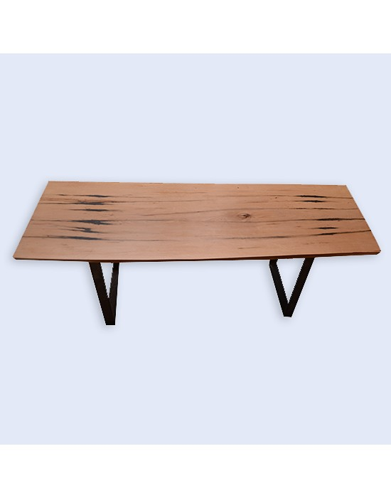 Mesa de centro rústica con madera de haya