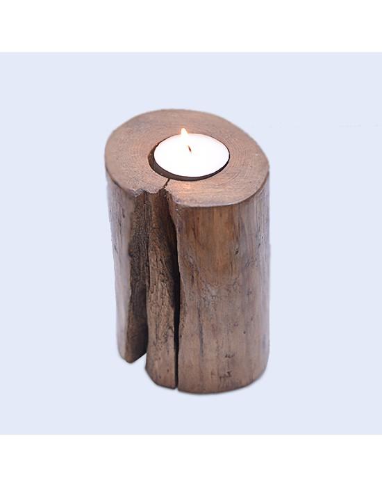 Porta-espelmes de fusta