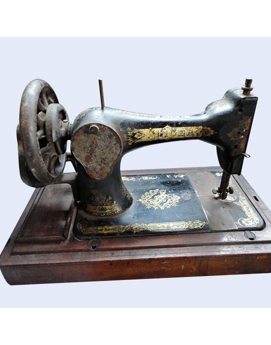 Màquina de cosir Singer Portable s.XIX