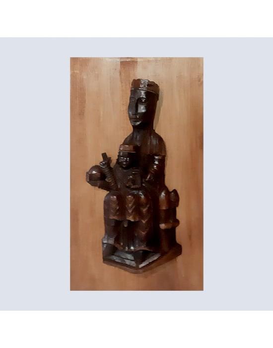Relieve de Virgen de Montserrat