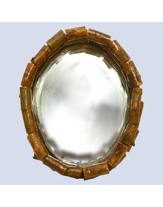 Espejo antiguo con marco troncos